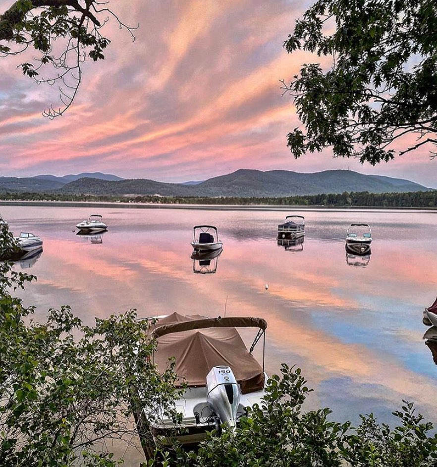 10 best fall vacation in USA Lakes Region, New Hampshire